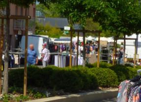 Marché hebdomadaire - Boulevard du Collège