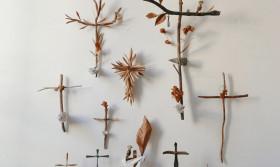 """Exposition """"Croix de peu"""" - Musée du Hiéron"""