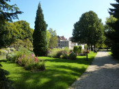 Garden on the banks of the Bourbince